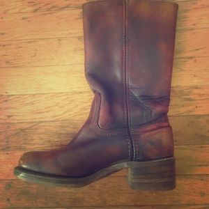 Vintage great condition Frye boots size 6.